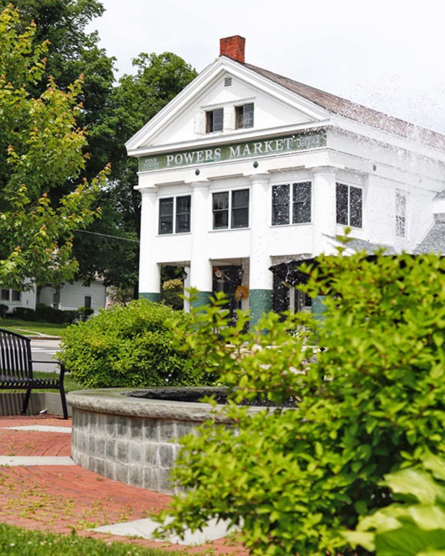 bennington vermont restaurant powers market country store