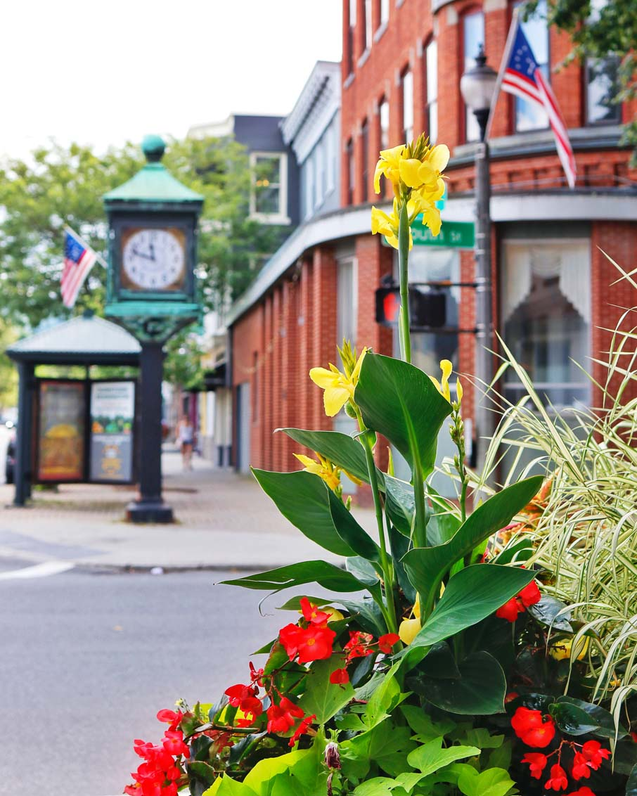 Downtown Bennington, Vermont 4 corners