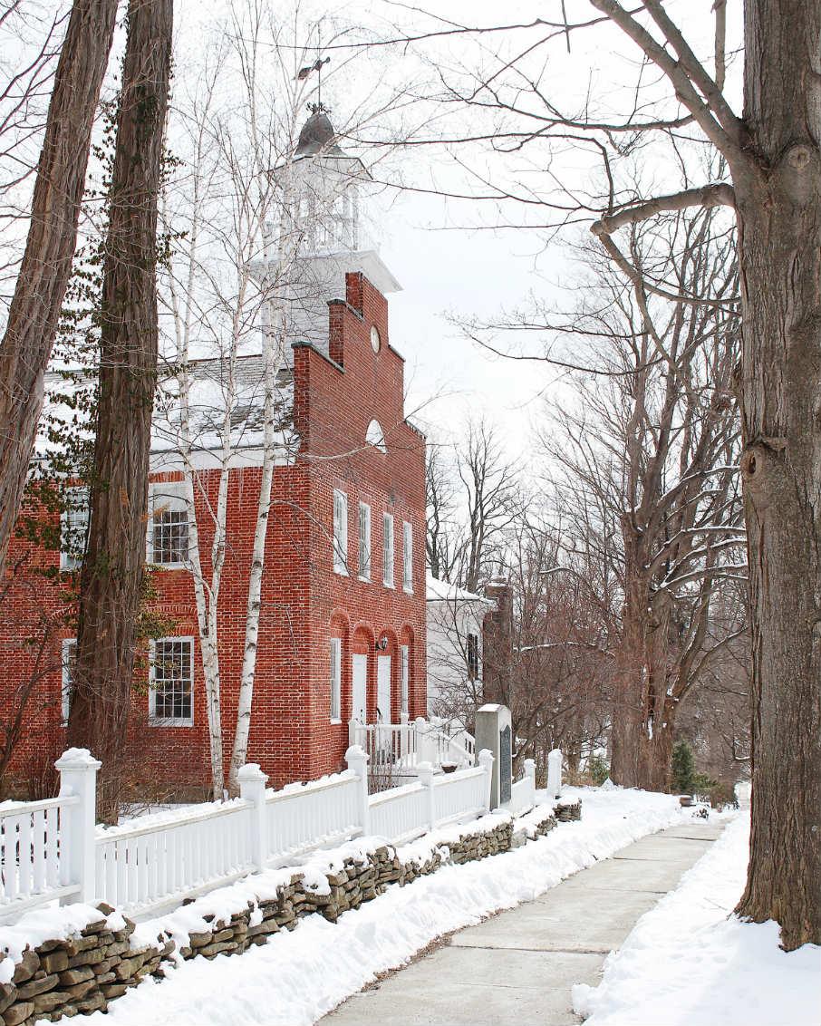 old-academy-old-bennington-vermont-snowy-village-906x1132