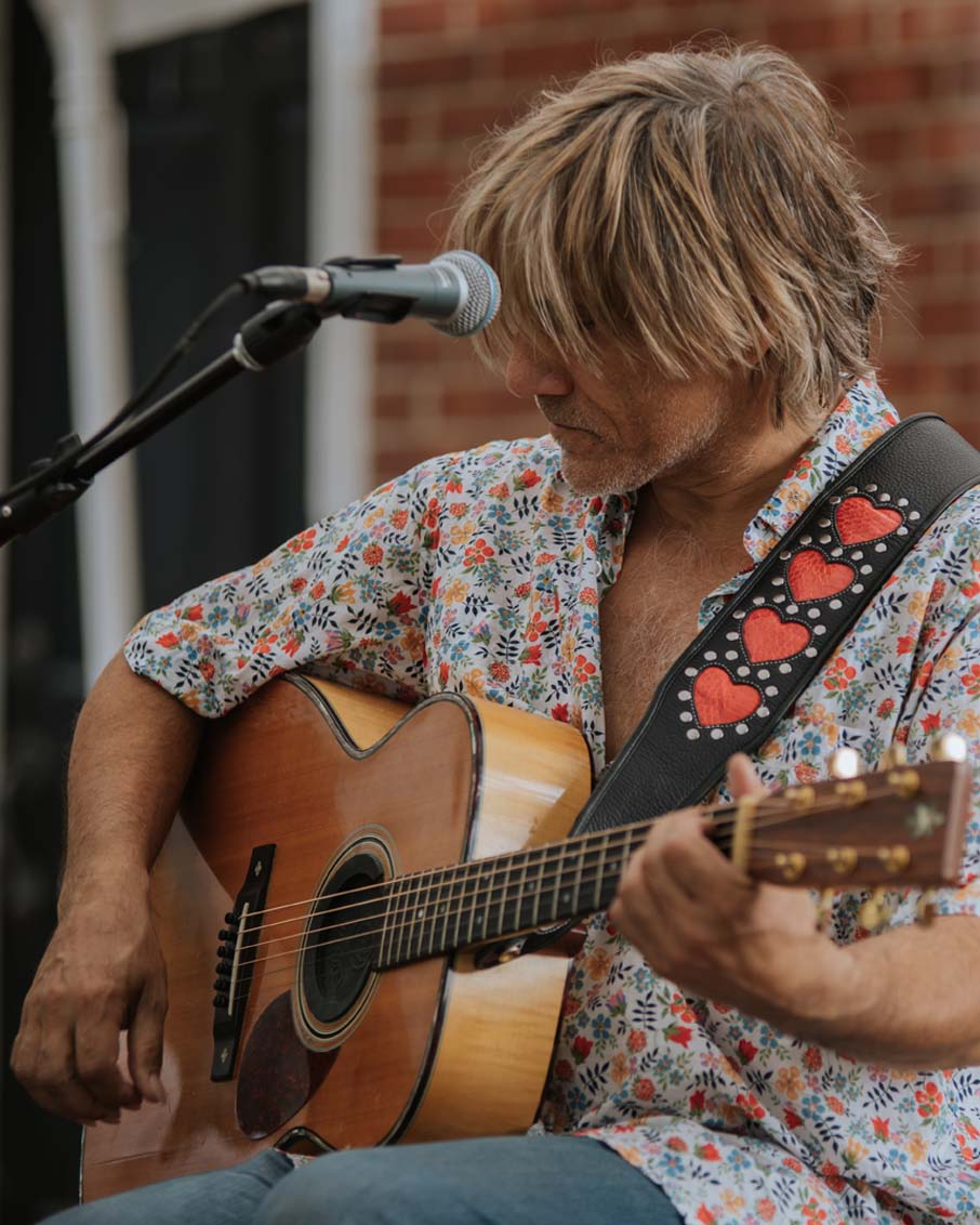 vermont guitar player heart harness