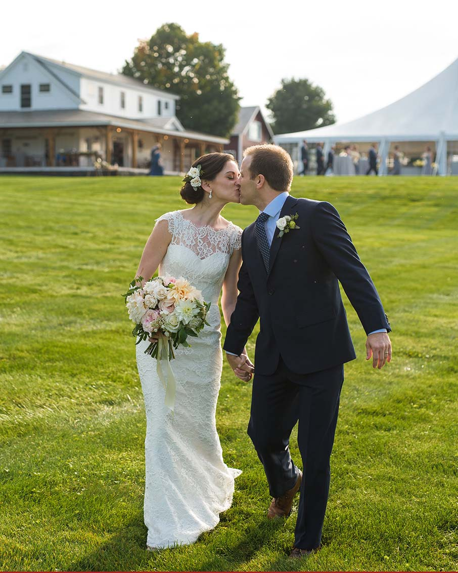 bride groom kissing vermont wedding venue