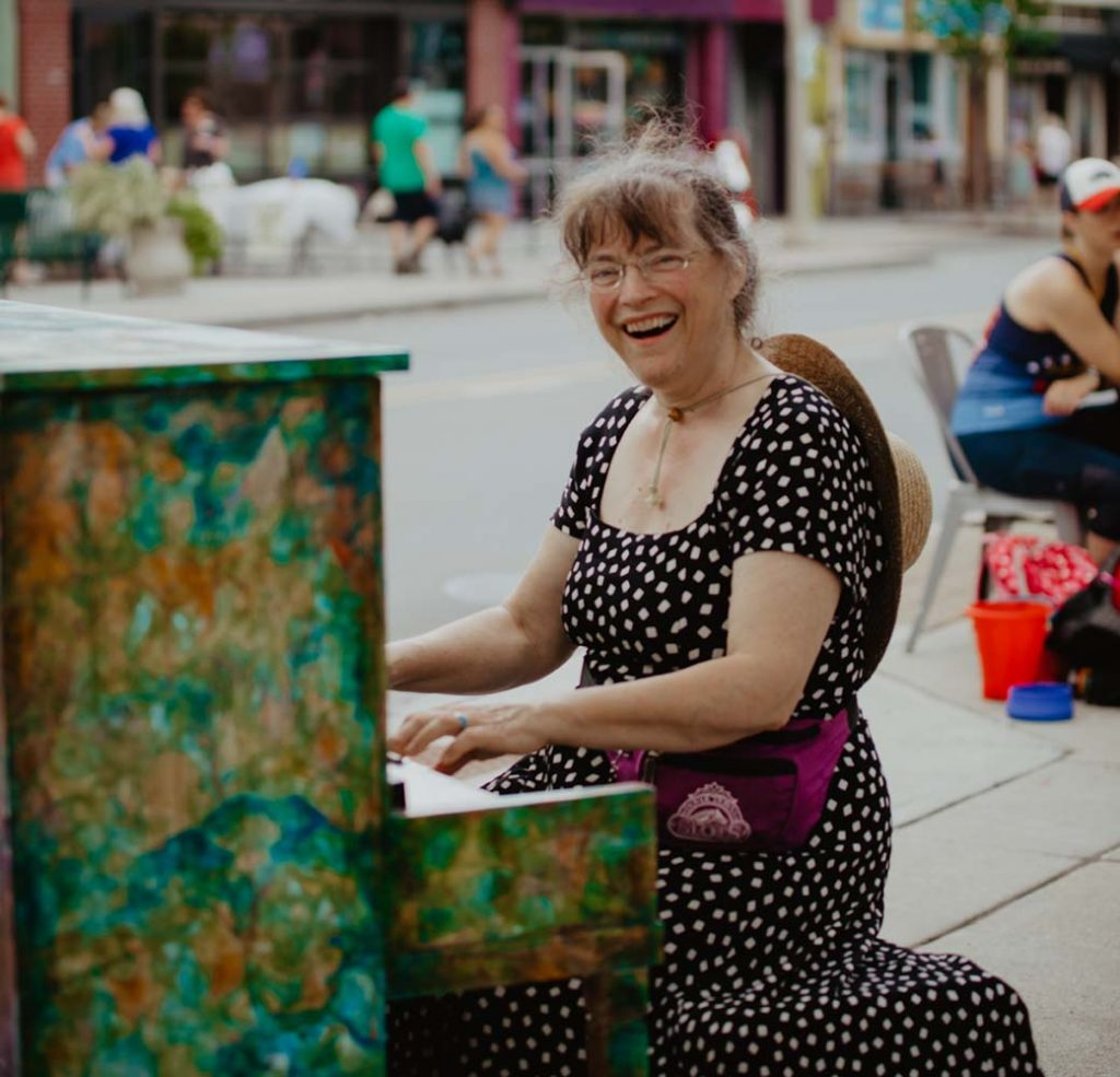 lady piano player downtown bennington vermont